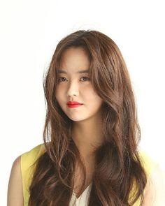 Kim So Hyun Fashion, Kim Sohyun, Asian Models, Actresses, Long Hair Styles, Pretty, Beauty, Beautiful, Amor