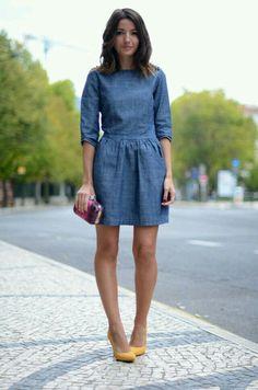 Dynamic Dresses, chambray, blue dress, street style, fashion, women's fashion, denim dress, yellow shoe, pop color shoe, small clutch