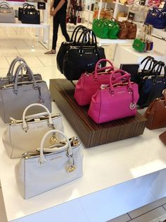 Handbags and luggages fashion