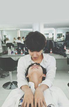 J-Hope is my bias and V is me bias wrecker ❤❤