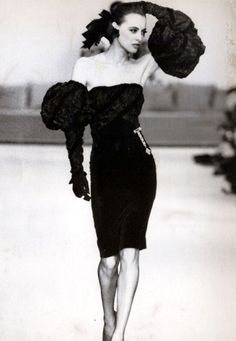 Vintage: Ines wearing a strapless velvet brassiere matched by long gloves puffed at elbow level as she modeling for Chanel 1986/1987 A/W season