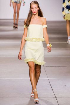 Topshop Unique Spring 2015 Ready-to-Wear Collection