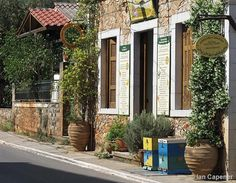 Boxes in Kardamyli main street Patrick Leigh Fermor, Peaceful Places, Mountain View, Main Street, Favorite Holiday, Maine, Greece, Boxes, Relax