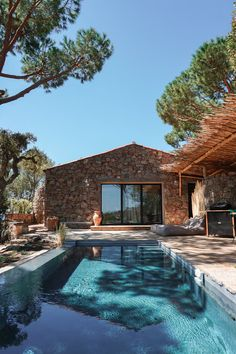 If you enjoy feeling at home when you travel then look no further - I've found the perfect place for you in Corsica. Located next to one of the most beautiful beaches of the island… Exterior Design, Interior And Exterior, House Goals, My Dream Home, Home Deco, Future House, Outdoor Spaces, Beautiful Homes, Architecture Design