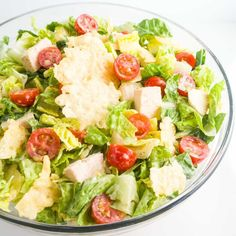 This delicious low carb Caesar salad features crunchy parmesan crisps, chicken, and creamy homemade Caesar dressing. Just 10 ingredients including dressing! Salad Recipes For Parties, Salad Recipes For Dinner, Healthy Salad Recipes, Healthy Foods, Pastas Recipes, Keto Recipes, Chicken Recipes, Free Recipes, Atkins Recipes