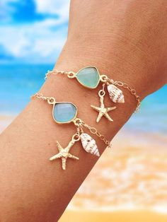 Let this bracelet evoke memories of relaxing on the beach under the warm sun and collecting numerous beautiful seashells for hours with your toes in the sand! N
