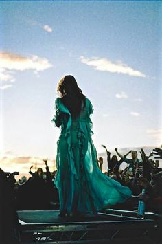 So much time on the other side Waiting for you to wake up Maybe I'll see you in another life If this one wasn't enough… Harry Styles London, London Tumblr, All Falls Down, Before The Dawn, Florence The Machines, In Another Life, Florence Welch, Sounds Great, Woodstock