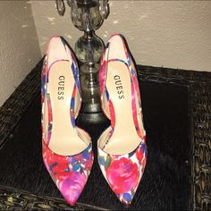 Guess Floral Heels Guess floral heels, Brand new Never Worn! Extremely hard to find. Originally bought for $110. Box not included Guess Shoes Heels