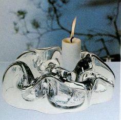 Kuukävely / Moonwalk. Designer: Helena Tynell. Arkisto: Riihimäen Lasitehdas Oy (1976). #tynell #glass #design #finnishdesign #riihimaenlasi