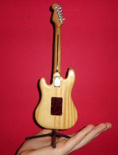 Miniatura Realista - Mozart - Guitarra