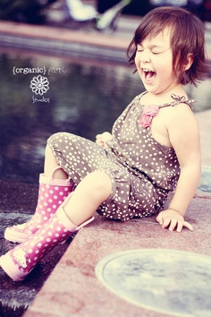 This is one of my FAVORITE shoots I have ever done!  I fell in love with this little girl after 5 minutes.  She was so much fun! @Marinela Taylor #kids #photography