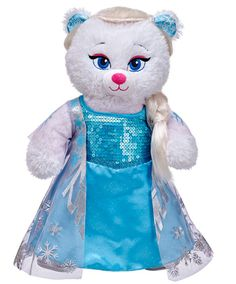 Disney Frozen friends have now arrived at Build-A-Bear Workshop! They have created both an Anna and an Elsa bear and, of course, an OLAF! The bears and costumes are available for purchase separately, or you can purchase complete bears. Queen Elsa, Ice Queen, Frozen Toys, Disney Stuffed Animals, Disney Frozen Elsa, Disney Princess, Ty Beanie, Princesas Disney, Happy Mothers Day