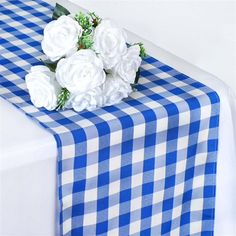 Gingham Party, Blue Gingham, Party Catering, Wedding Catering, Catering Ideas, Restaurant Table Tops, Table Overlays, Do It Yourself Wedding, Table Runner Pattern