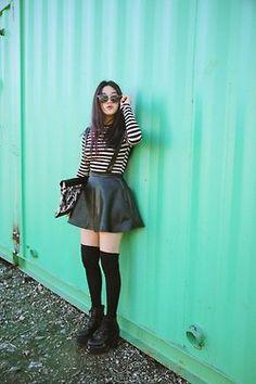 (49) jo eun hee   Tumblr Fan Fiction, Out Of Style, Woman Crush, Barack Obama, Pretty Girls, Korean Fashion, Going Out, Leather Skirt, Wattpad