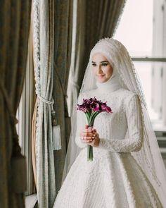 plus size black gothic wedding dresses Muslim Wedding Gown, Hijabi Wedding, Wedding Hijab Styles, Muslimah Wedding Dress, Wedding Dressses, Muslim Wedding Dresses, Wedding Dress Trends, Muslim Brides, Bridal Dresses