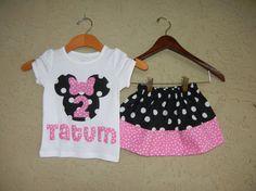 Minnie Mouse camicia con nome e abbinamento gonna di theuptownbaby