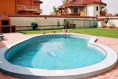 Imagini pentru piscine Tub, Outdoor Decor, House, Home Decor, Houses, Bathtubs, Decoration Home, Home, Room Decor
