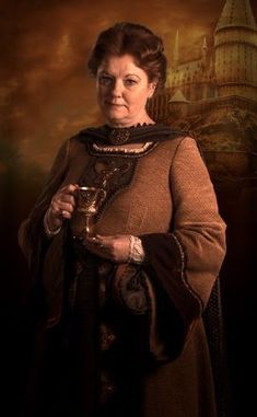 Helga Hufflepuff - Harry Potter Wiki - Wikia