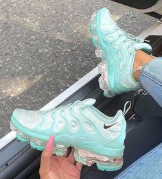 sale retailer c9616 acaf2  sneakers  sneakerfreak  sneakersaddict  deportivas Calzado Nike, Zapatillas  Nike, Zapatillas Mujer