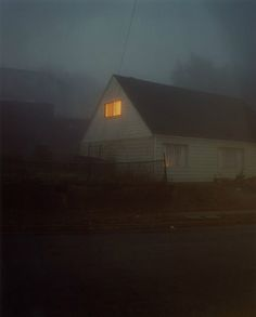 Eerie vibes in these nighttime portraits of suburban homes by Todd Hido - Cube Breaker Nocturne, Oc Fanfiction, Todd Hido, American Gothic, Southern Gothic, Night Photography, Photography Tips, Eerie Photography, Colour Photography