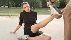 What causes muscle cramps and spasms? Prevent muscle cramps with these 4 key tips. Plus muscle cramp treatment, prevention and stretching guidelines. Muscle Fatigue, Muscle Spasms, Calf Muscles, Sore Muscles, Gluteal Muscles, Sport Fitness, Mens Fitness, Fitness Tips, Sore Legs