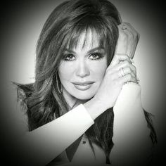 Marie Osmond Hot, Pageant Headshots, Richard Thompson, Osmond Family, The Osmonds, Sexy Older Women, Androgynous, Cut And Color, Simply Beautiful