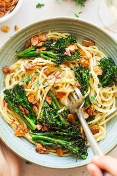 Vegan broccoli pasta with almond bacon is simple to make and delicious, full of contrasting flavours! It's garlicky, tangy, smokey and crunchy. Can be made gluten-free!