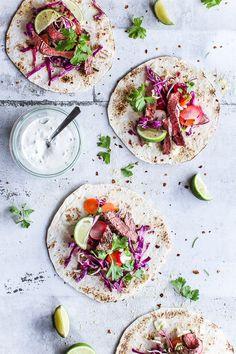 En nem madplan behøver ikke være kedelig eller indviklet. Få min nemme madplan med sund streetfood til alle ugens dage: falafler, tacos, wok, pizza >>