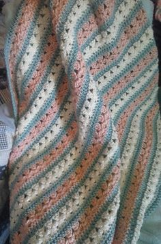 Crochet Blanket Pattern More Baby Blanket Crochet, Crochet Baby, Knit Crochet, Crochet Blankets, Baby Blankets, Baby Afghans, Crotchet, Love Crochet, Easy Crochet