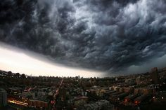20 Terrifyingly Beautiful Photos Of Approaching Storm Clouds. #14 Is Incredible.