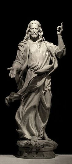 Christ the Redeemer - Art Deco statue of Jesus Christ in Rio de Janeiro, Brazil