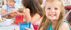 Afla cum sa alegi meniul adecvat pentru petrecerea copiilor.