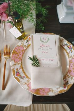 #place-settings  Photography: Julie Livingston Photography - julielivingstonphotography.com  Read More: http://www.stylemepretty.com/southeast-weddings/2014/03/11/tuscan-inspired-shoot-at-magnolia-plantation/