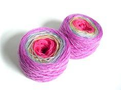 tie dye yarn rainbow