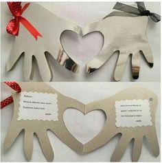 Üç aylar ve kandil tebrik kartı Valentine Crafts, Holiday Crafts, Valentines, Islam, Diy And Crafts, Crafts For Kids, Letter A Crafts, Card Tutorials, Art Activities