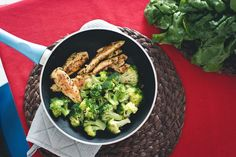 7 ? SP  Quick Chicken Strips with Broccoli Dinner - Skinny Ms.
