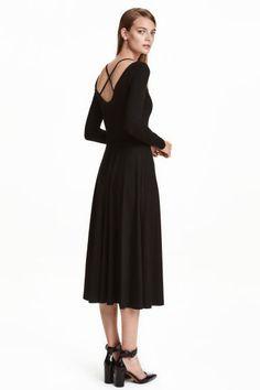 Robe de longueur mi-mollet   H&M
