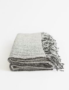 A fabric designed by Gerd Hay-Edie and made famous by Irish fashion designer Sybil Connolly as part of her 1956 Spring collection, the #Tweed Emphasize throw #mournetextiles