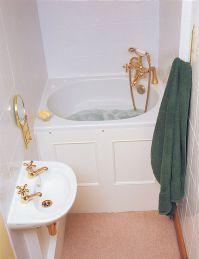 Amazing Tiny House Bathroom Shower Tub Ideas (41)