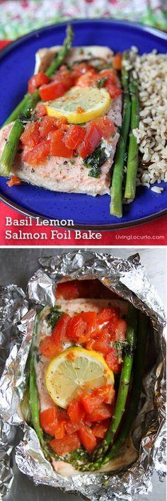 Basil Lemon Salmon Foil Bake - Fast and Easy Dinner Recipe! LivingLocurto.com