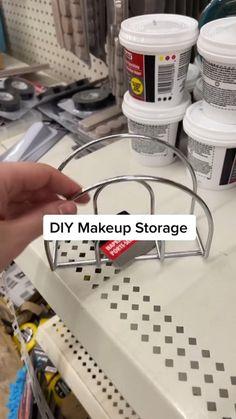 Diy Crafts For Home Decor, Diy Crafts To Do, Diy Crafts Hacks, Diy Arts And Crafts, Diy Projects To Try, Dollar Tree Decor, Dollar Tree Crafts, Diy Makeup Storage, Diy Storage