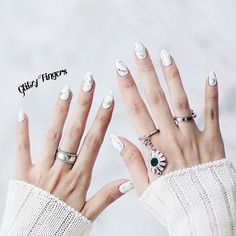 """Marble × Foiled ♡ -- fresh & clean look for @rchlwngxx this month! Whatsapp 81007353 for booking enquiries •  #GlitzyFingers #marblenails #whitenails #nailswag"" Photo taken by @glitzyfingers on Instagram, pinned via the InstaPin iOS App! http://www.instapinapp.com (08/22/2015)"