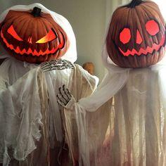 LOVE!  Vintage inspired Pumpkin Ghosts - Halloween Forum - Zombiemodels