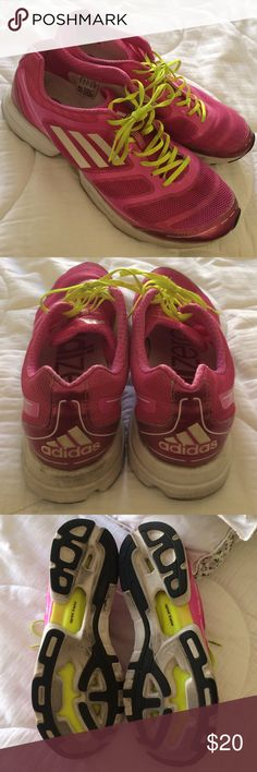 Woman's Adidas No defects. Size woman's 10. True to size. Lightweight. Adidas Shoes Athletic Shoes