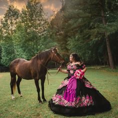 Learn how to plan a traditional charro quinceañera including the perfect dress and decorations to choose so you can have the perfect charro quince theme. Mexican Quinceanera Dresses, Quinceanera Planning, Quinceanera Themes, Quince Dresses Mexican, Quince Themes, Quince Ideas, Mexican Costume, Mexican Party, Charro Dresses