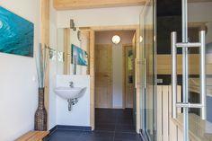 Erfüllen Sie sich Ihren Traum vom charmanten Rückzugsort in den österreichischen #Alpen. Verbringen Sie schöne und erholsame Augenblicke in einer beinahe unberührten Natur am #Kreischberg. Bathroom, Nature, Nice Asses, Washroom, Full Bath, Bath, Bathrooms