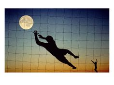 playing volleyball with the moon!!!!