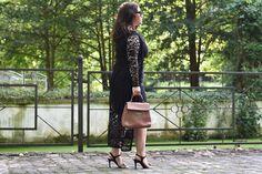Outfit Etuikleid Sandalen Coccinelle Tasche