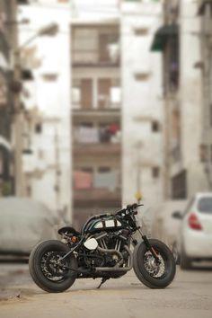 Harley Davidson 883 by TJ Moto