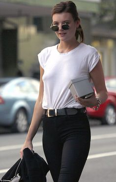 white tee chic. #MontanaCox in Sydney. #offduty